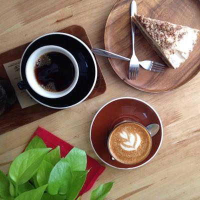 Phil Coffee Company (ฟิลคอฟฟี)