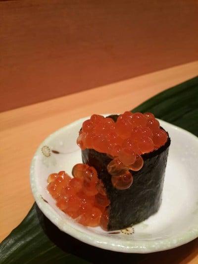 Hyotan Sushi (เฮียวตันซูชิ) สาขาหลังห้าง Solaria