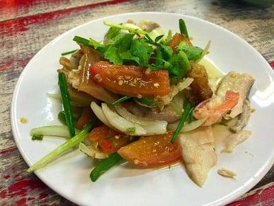 ข้าวต้มปลาปัญญาชน (KHAO TOM PLA PANYA CHON RESTAURANT)
