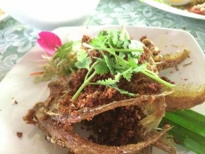 ควนมะพร้าว (Khuan Maphrao Restaurant)