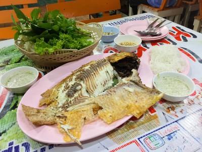 เมี่ยงปลาหมุน 5 แยกวัชรพล