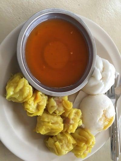ข้าวต้ม-ขนมจีบ-ซาลาเปา