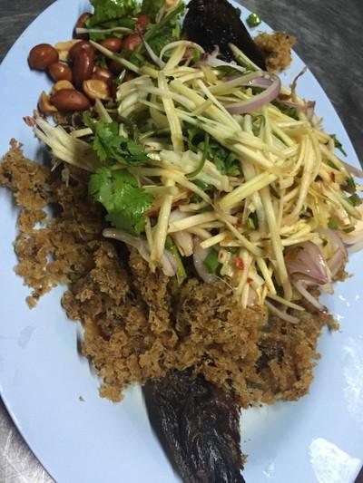 แห้วโภชนาอาหารรสเด็ด (RAN HAEO PHOCHANA AHAN ROTDET)