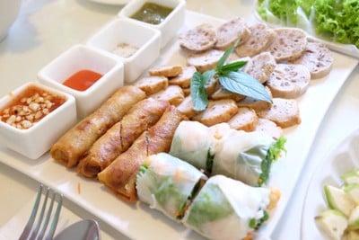 Dalad Vietnamese Restaurant (ดาลัดอาหารเวียดนาม)