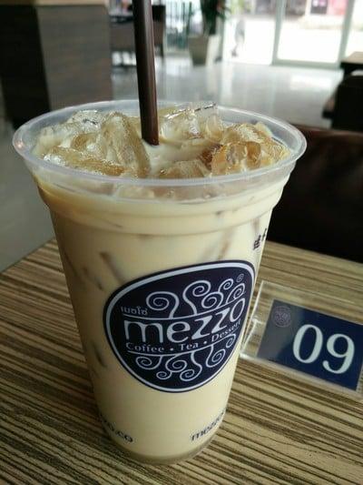 Mezzo Coffee เดอะ พอยต์ รังสิต คลอง 4