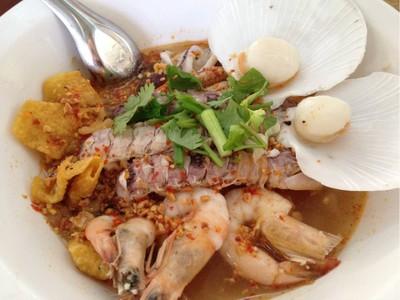 บ้านก๋วยเตี๋ยวซีฟู๊ด by ป้าทิ้ง (Noodles Seafood House by pating) สุราษฎร์ธานี