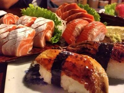 Kazoku Ramen and Sushi