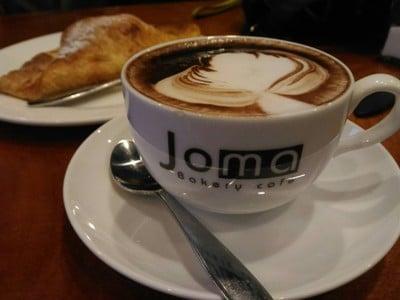 Joma Bakery Cafe' (โจมาเบเกอรี่คาเฟ่) เวียงจันทน์