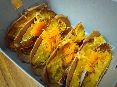 ขนมเบื้องแม่ประภา (Kanom Bueng Mae Prapa) ห้าง ต.เง๊กชวน