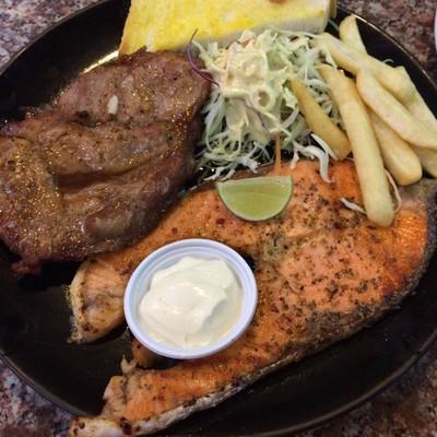 Bangkok Grill (บางกอกกริลล์) เซนต์หลุยส์ 3