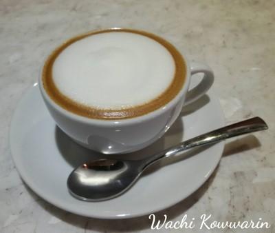 Mom's Coffee (มัม คอฟฟี่)