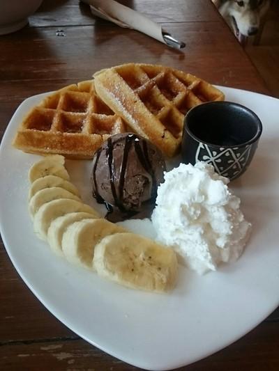 Inu Machi Cafe (อินุมาชิคาเฟ่)
