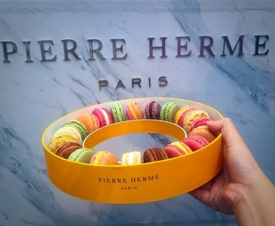 Pierre Hermé Paris (ปิแอร์ เเอร์เม่ ปารีส) EmQuartier