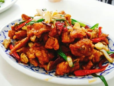 เกี๊ยวจีน (ภัตตาคารซันมูน) (Sun Moon Restaurant)