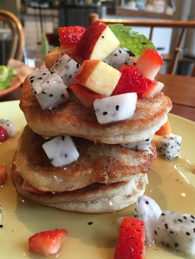 Gluten-free banana Soy Pancake