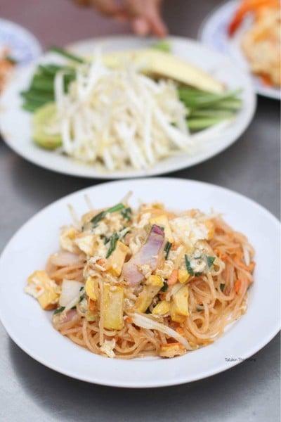 ผัดไทยลุงภาเจ่าเก่า