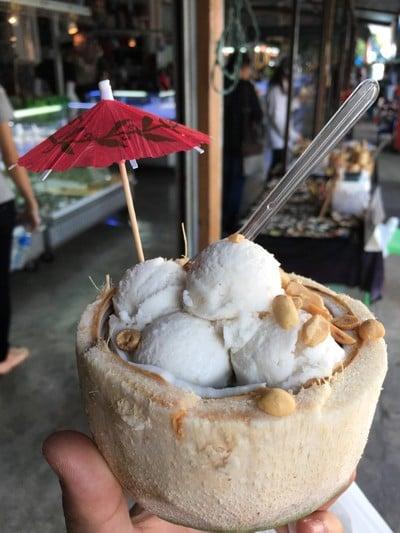 บ้านมะพร้าวไทย