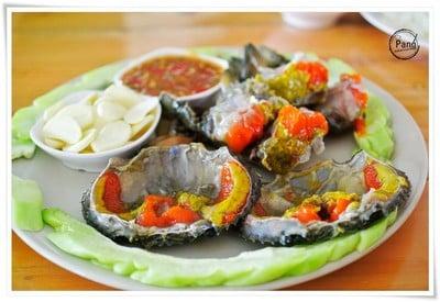 ถาวร ซีฟู้ดส์ & โฮมสเตย์ (Thaworn seafood & homestay)