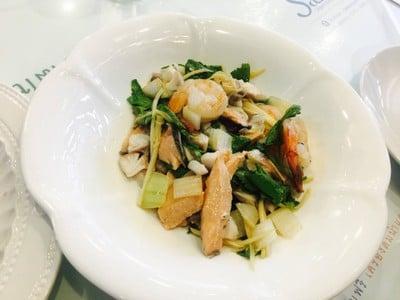 Salada Organic Kitchen (ซาลาด้า ออร์แกนิกส์ ดิทเช่น) โฮมโปรพระราม 9