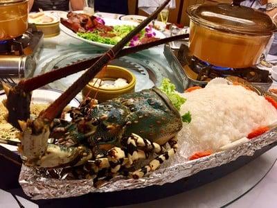 ภัตตาคารเชียงการีล่า (Shangarila Restaurant) ธนิยะ