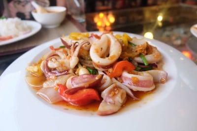 ไอยราวดี (Iyarawadee Restaurant)