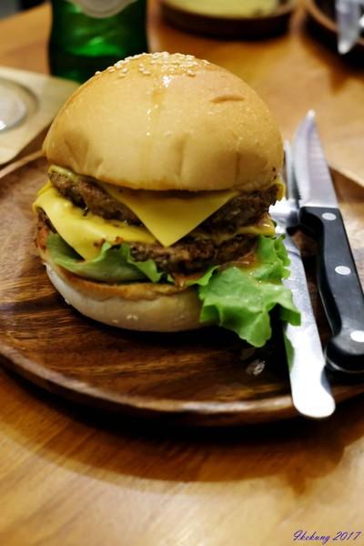 Sorry I'm Hungry Burger Cafe (ซอรี่ แอม ฮั้งกี้ เบอร์เกอร์ คาเฟ่)
