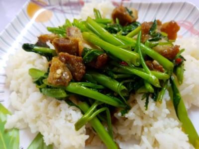 คุณย่าขนมจีนโบราณ