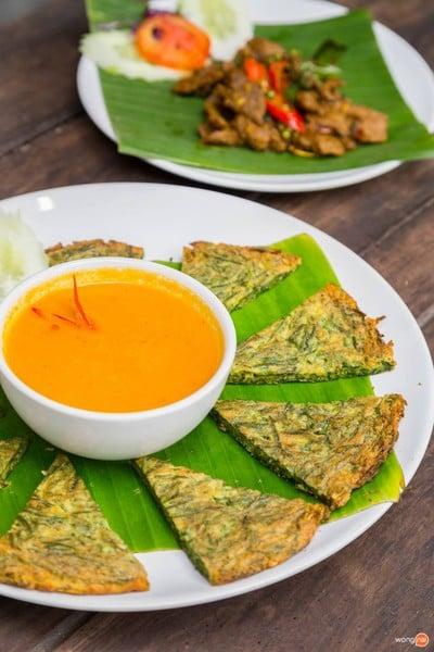 รออยู่ตรงนี้ : Food & Friends, Chiangmai