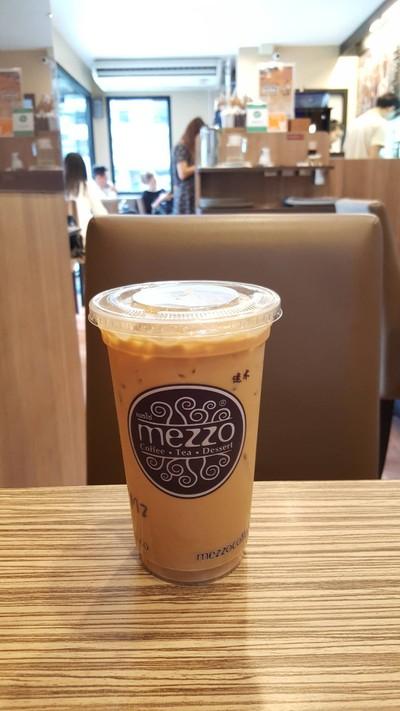 Mezzo Coffee (เมซโซ่ คอฟฟี่) อาคารเสริมมิตร