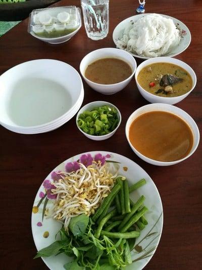 ชุดขนมจีน 3 อย่าง