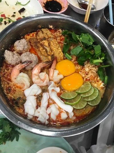 เจ๊โอว ข้าวต้มเป็ด (Jae Oh Khao Tom Pet)