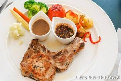 สเต็กอินเขาใหญ่ (STEAK IN KHAO YAI RESTAURANT)