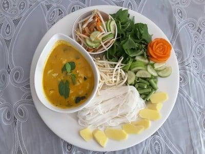 มังคุด ขันโตก หรือ Mangosteen Garden Restaurant (มังคุด ขันโตก) สาขา2 ปิดปรับปรุุงชั่วคราว