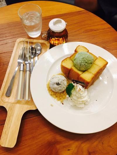Love's Coffee & Dessert