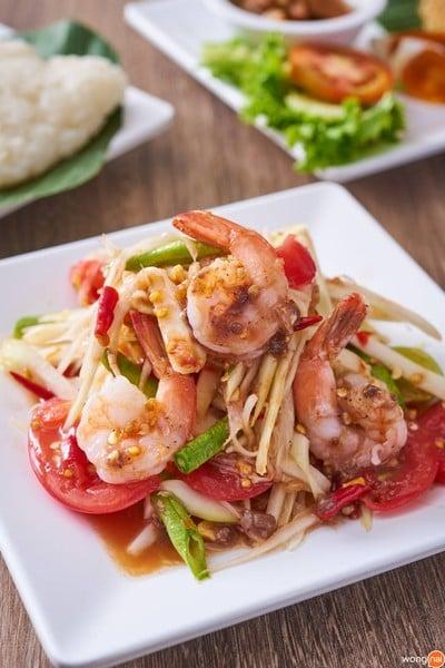 Yum Saap (ยำแซ่บ) Asiatique