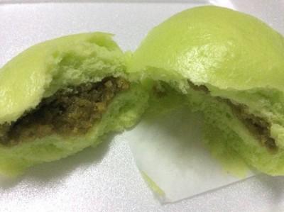 ซาลาเปาลาวาไส้ชาเขียว