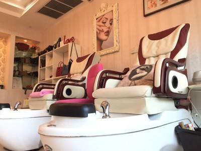 พาขวัญบิวตี้เซ็นเตอร์ (Phakwan Beauty Center)