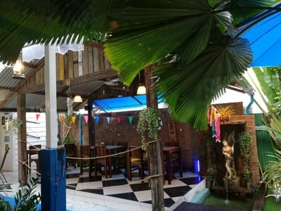 KUTAI Mussels Restaurant & Bar by Sita