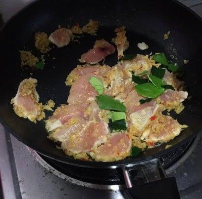 วิธีทำ แกงป่าไก่พริกสด