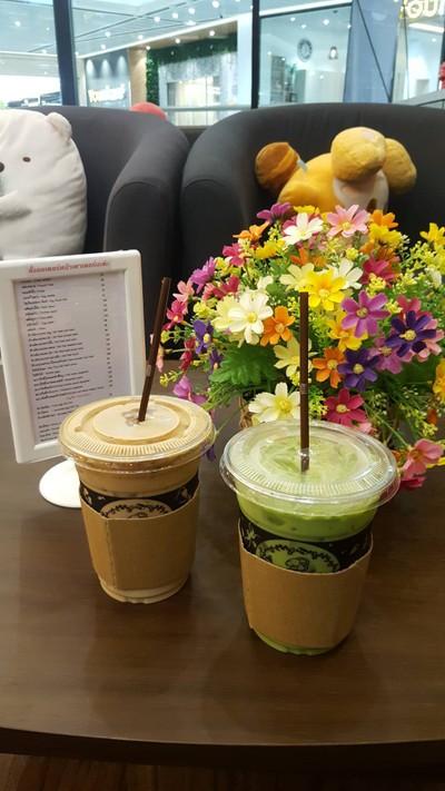 แคพพริคอร์น คาเฟ่ แอนด์ โค (Capricorn Cafe & Co) อินเด็กพระราม2