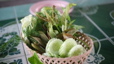 ร้านอาหารฉลองชัยปลาเผา (CHALONG CHAI PLA PHAO RESTAURANT)