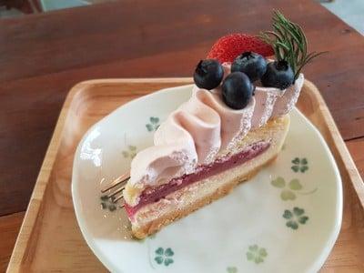 Brotherhood : Bake House & Cafe (บราเธอร์ฮูด เบคเฮาส์ แอนด์ คาเฟ่)