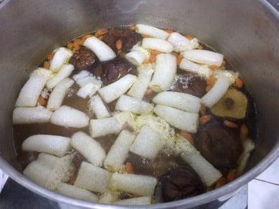 วิธีทำ ซุปเยื่อไผ่ตุ๋นยาจีน