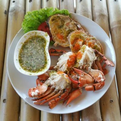 ข้าวใหม่ ปลามัน อัมพวา (ข้าวใหม่ปลามัน) Ampawa