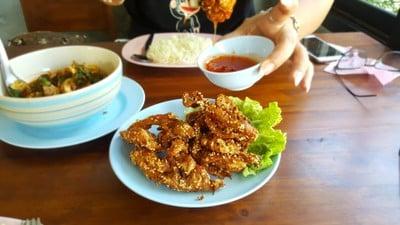 ร้านครัวไทย