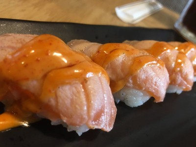 Salmon Aburi Spicy Sushi