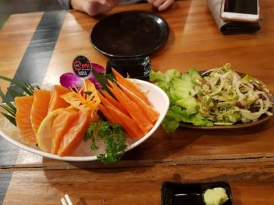 Omi Sushi & Temppan (โอมิซูซิ แอนด์ เทปัน)