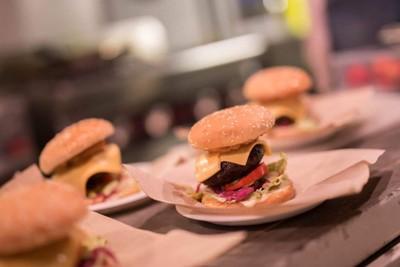 Manhattan Bar & Foodtruck