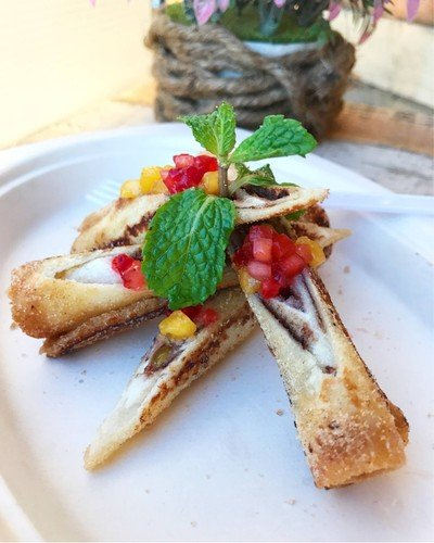 Mango Strawberry Roll