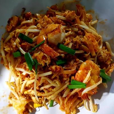 ผัดไทย หอยทอด สามกอง ภูเก็ต